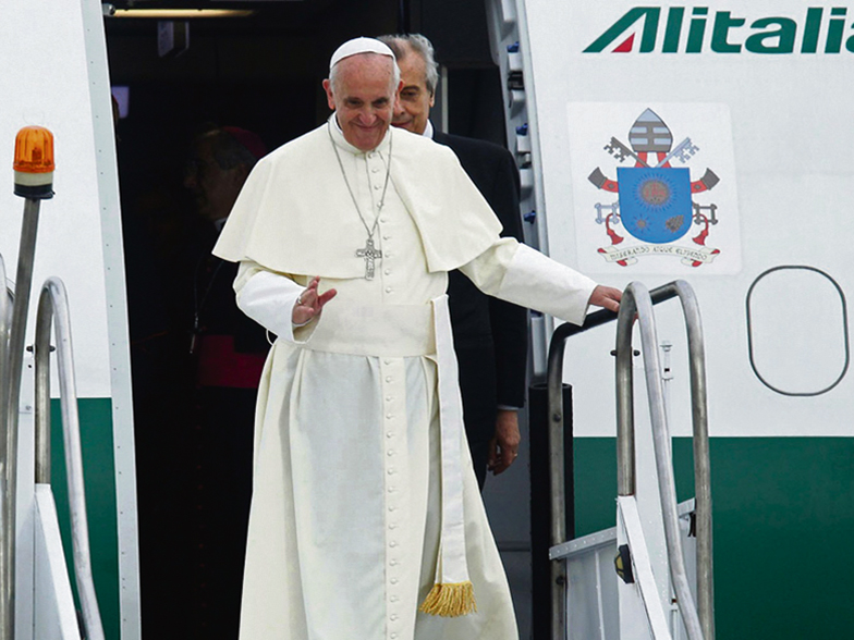 Paavi Baltiaan syyskuussa